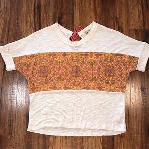 Democracy cream and peach sweater XL